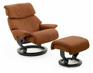Ekornes Stressless Spirit Recliner with Ottoman