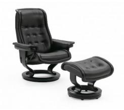 Ekornes Stressless Royal '09 Medium Recliner with Ottoman